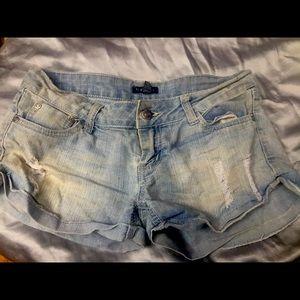 Cute denim shorts size 3